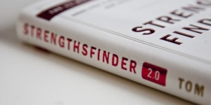 StrengthsFinder 2.0 By: Tom Rath